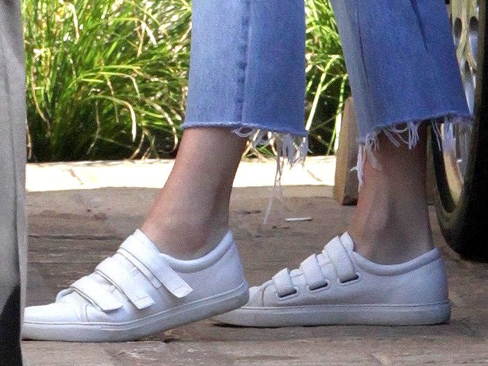 Kendall Jenner Low-Key in Kenneth Cole