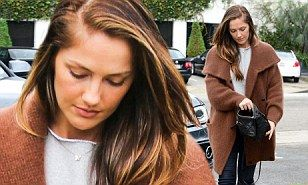 Minka Kelly shows off her rainy day fashion as she covers up her incredible figure in a big fuzzy coat and galoshes | Daily Mail Online
