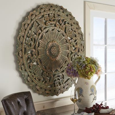 Attrayant Teal Accented Carved Round Wall Decor