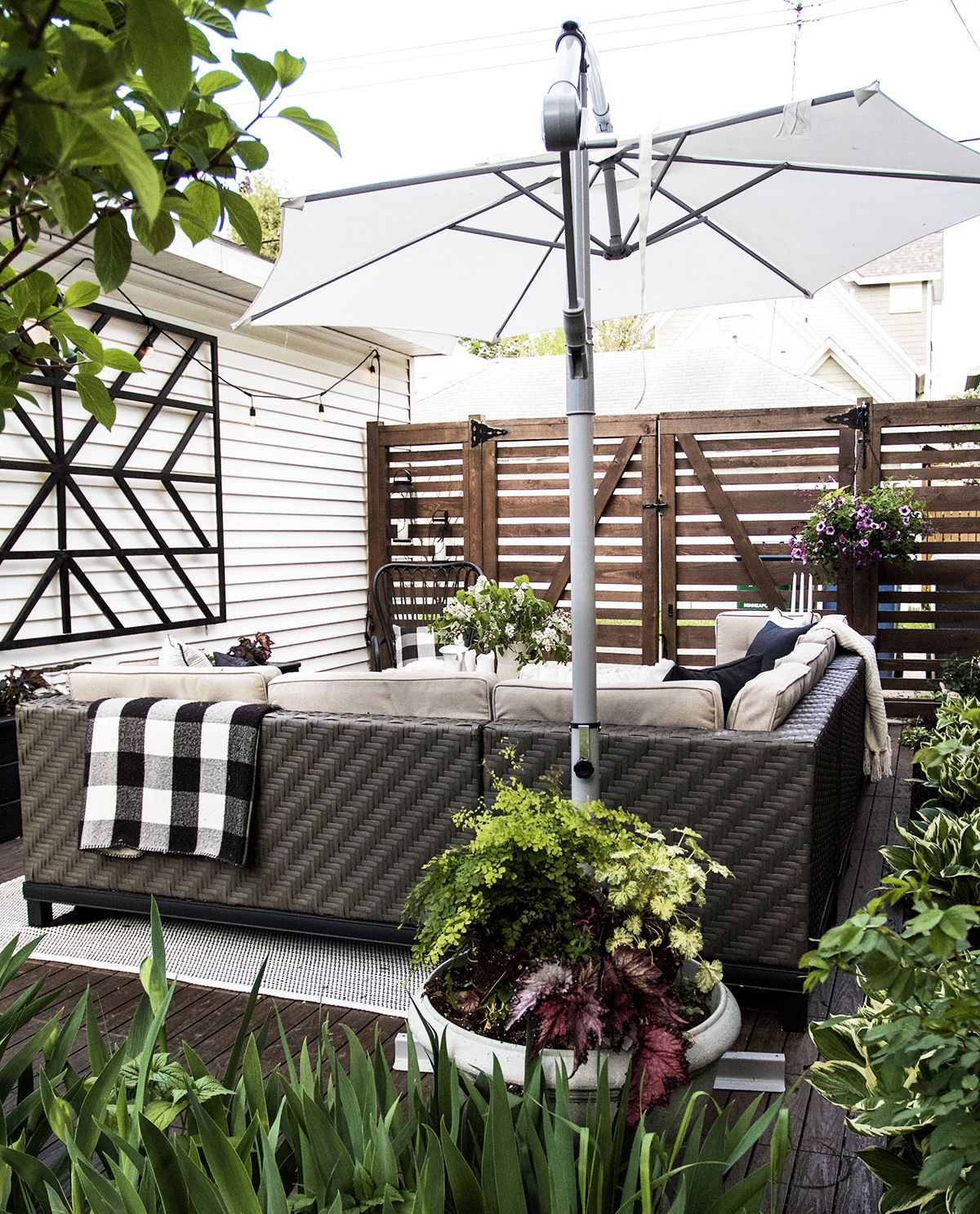 39 Best Fencing Design Ideas For Inspiration To Lok Out For Your Home Patio Fence Design Outdoor Rooms