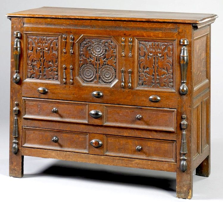 Antigue Pilgrim Furniture | Furniture: Blanket Chest | Pilgrim Century  Hadley Sunflower Oak