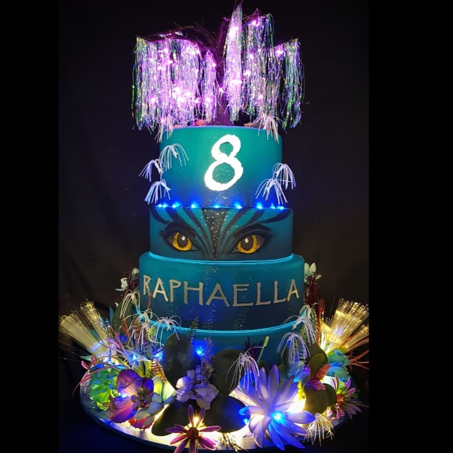 Tremendous Avatar Cake With Images Sweet 16 Birthday Party 16Th Birthday Personalised Birthday Cards Petedlily Jamesorg