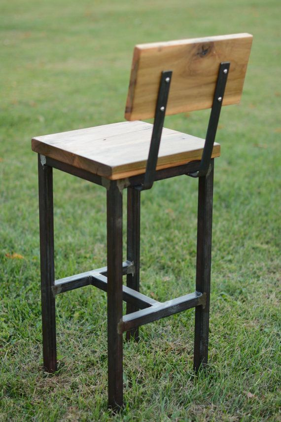 Wood and steel barstool rustic industrial en 2019 for Muebles de madera industrial acero