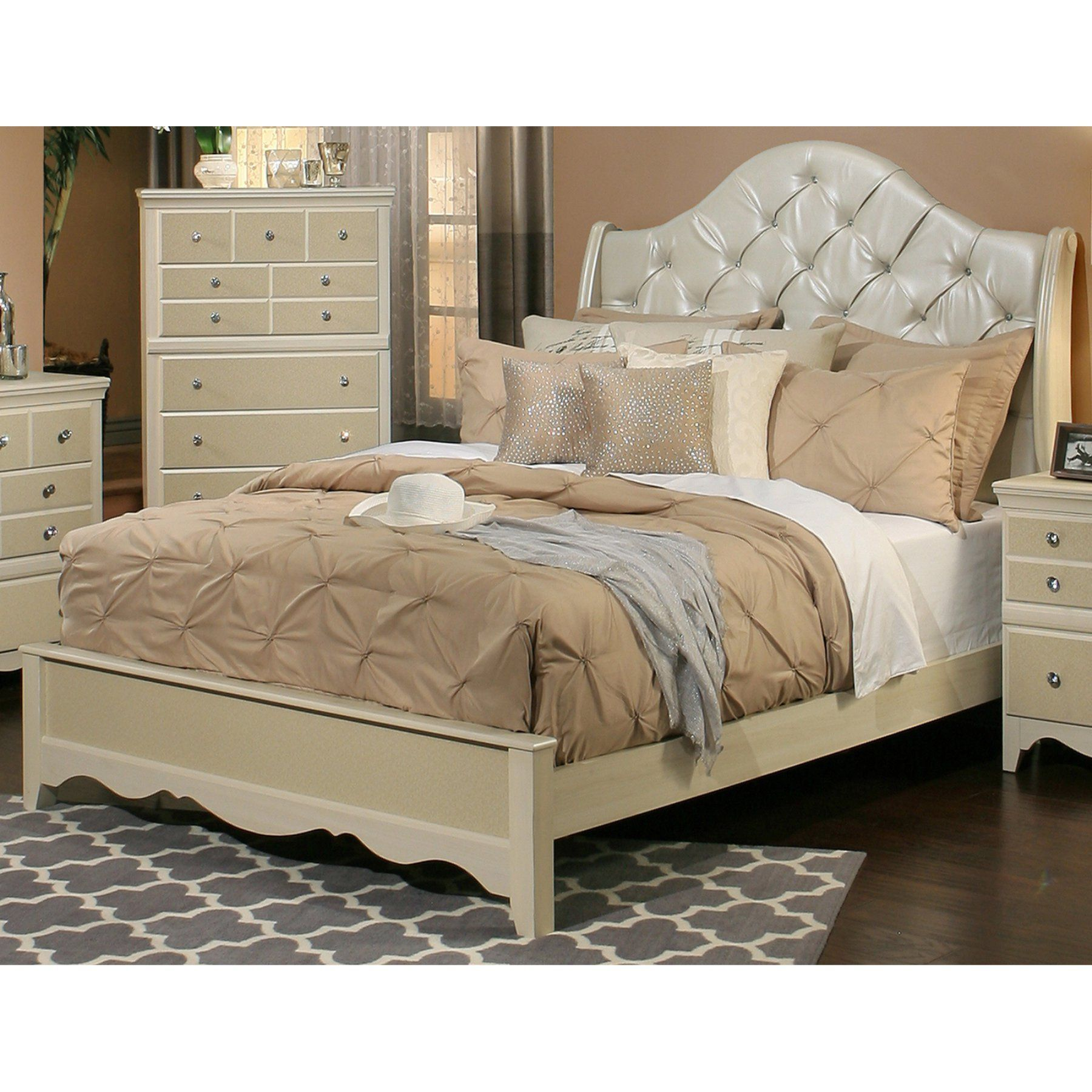 Sandberg Furniture Marilyn Estate Sleigh Bed  Sbf214