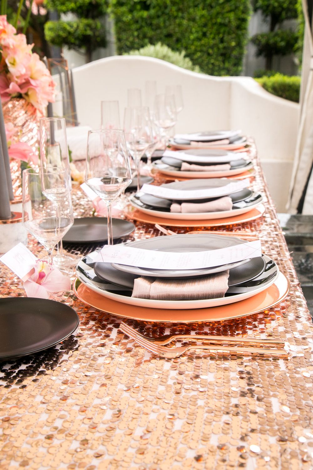 Modern Glamour In Rose Gold Black And Gray Ashley La Prade Photography Michelle Garibay Even Rose Gold Party Decor Rose Gold Wedding Decor Rose Gold Party