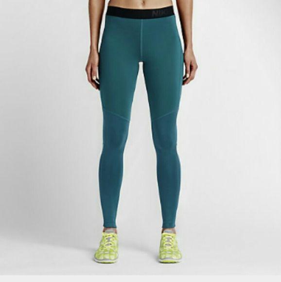 Nike pro leggings exercise yoga running pants Stock photo ...