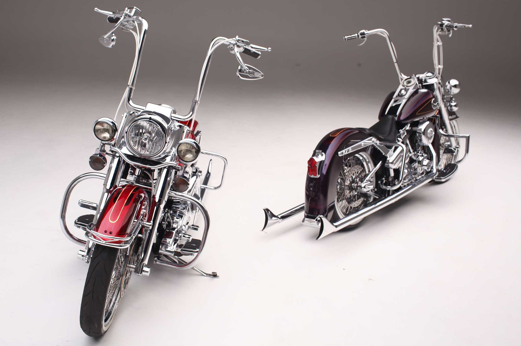 Heritage Softail Softail Deluxe Two Harleys One Painter Harley Davidson Bikes Harley Davidson Men Harley Davidson Pictures [ 1360 x 2048 Pixel ]