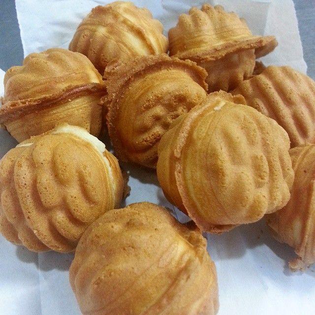 #hodugwaja #walnut #redbean #korean #cookies #walnutcookies #snack #yyc #호두과자 #호두 #먹스타그램 #팥 #streetsnack #omnomnom #cravings #ssoyummy