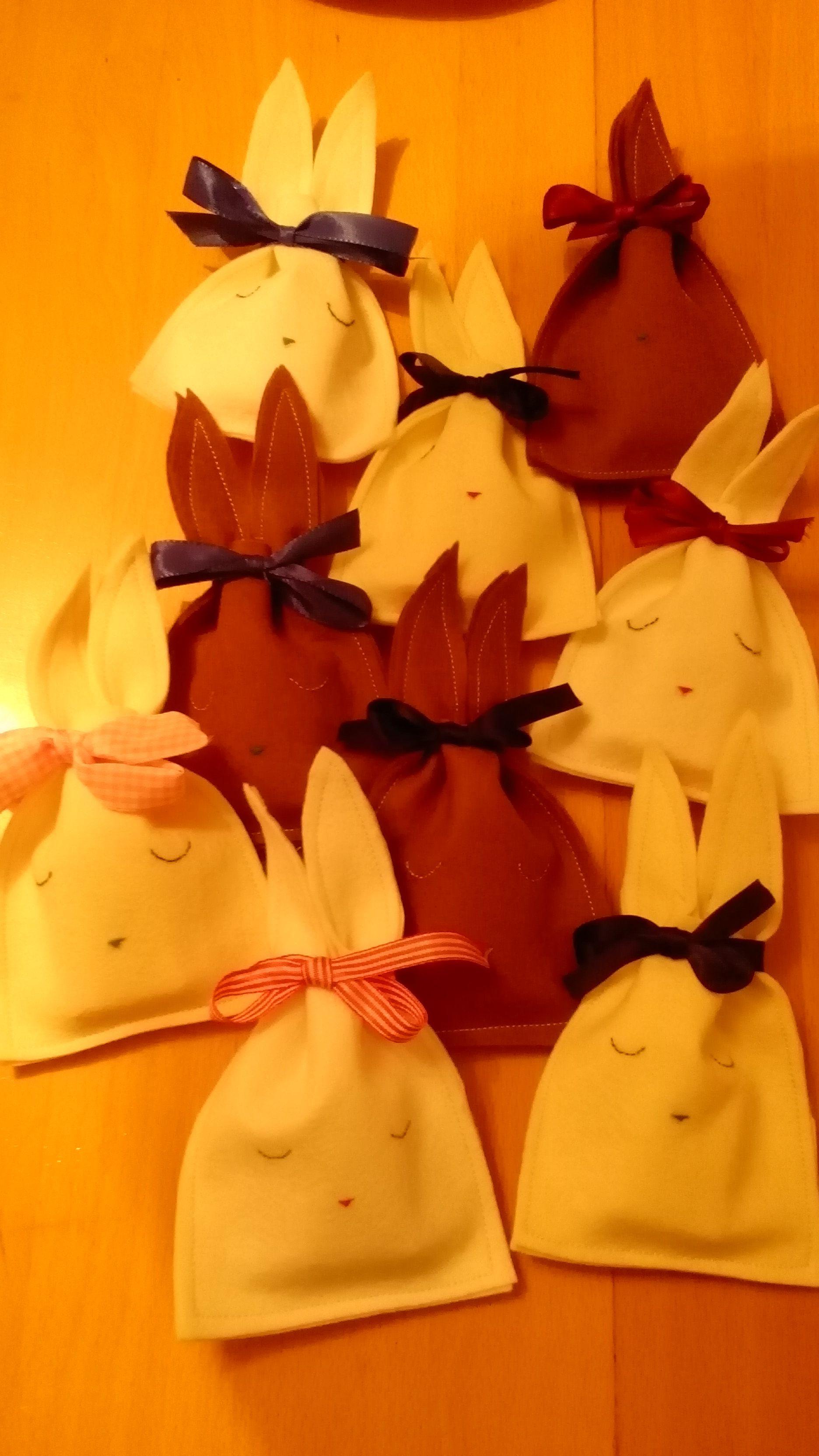 Alle Filzhasen - kleine #Geschenke für #Kinder selbstgemacht.
