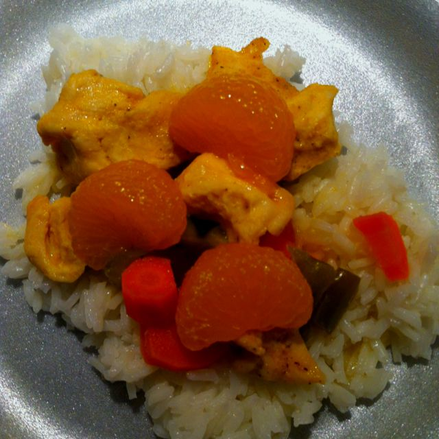 "Orange Chicken in the Crockpot www.sixsistersstuff.com/2011/08/25-delicious-slow-cooker-recipes.html (Site/recipe is linked in the ""Crock pot recipes"" on my ""Crockpot Recipes"" board)  1: My son said it was ""ok."" I didn't really care for it. 2: Mine totally did NOT come out looking like their pic (and I think I forgot the garlic). 3: Overall, I won't make this again."