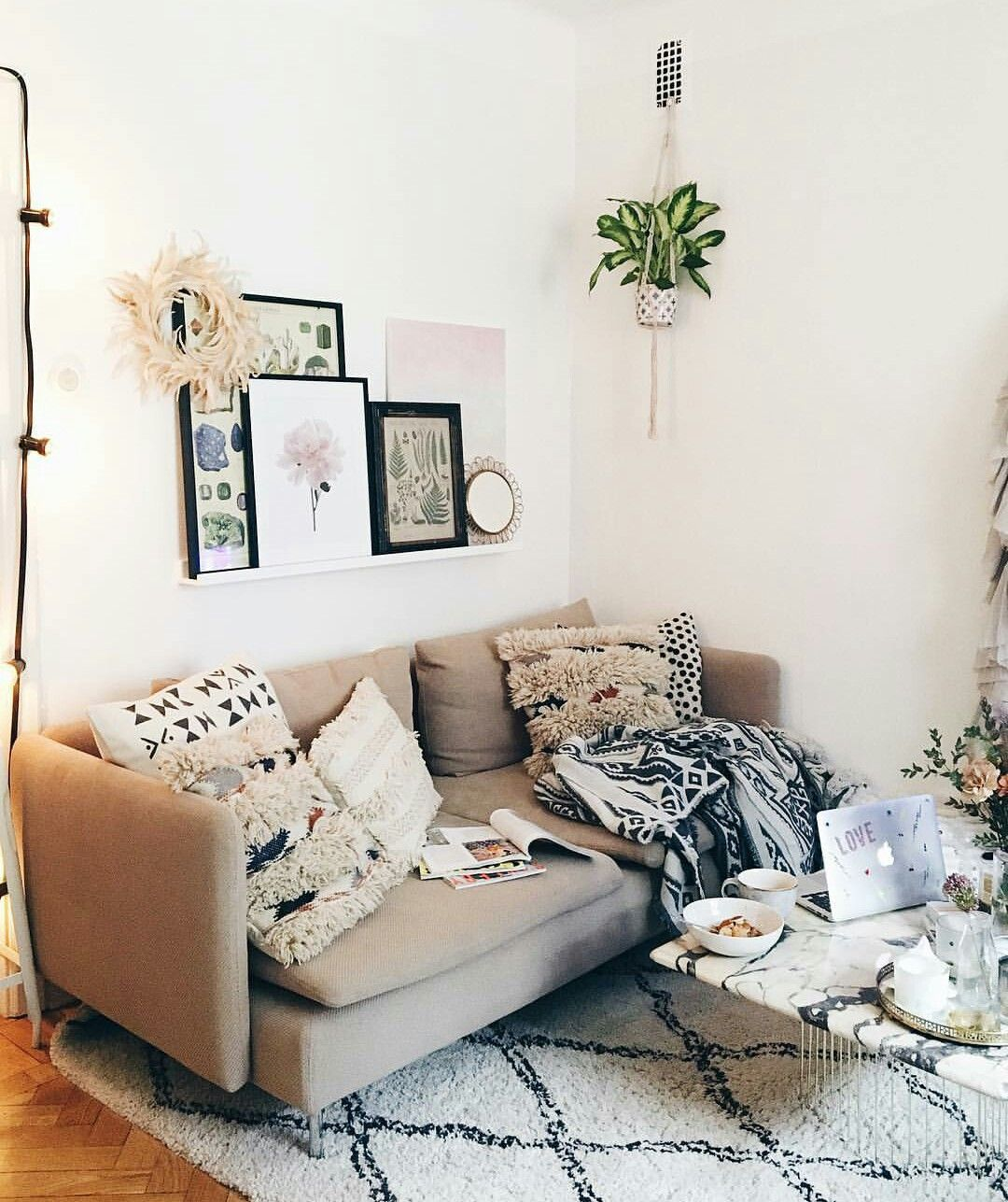 interior design of bungalow houses%0A Apartment Living  Apartment Therapy  Living Rooms  Living Spaces  College   Bungalow  Mondays  House  Interior Design Inspiration