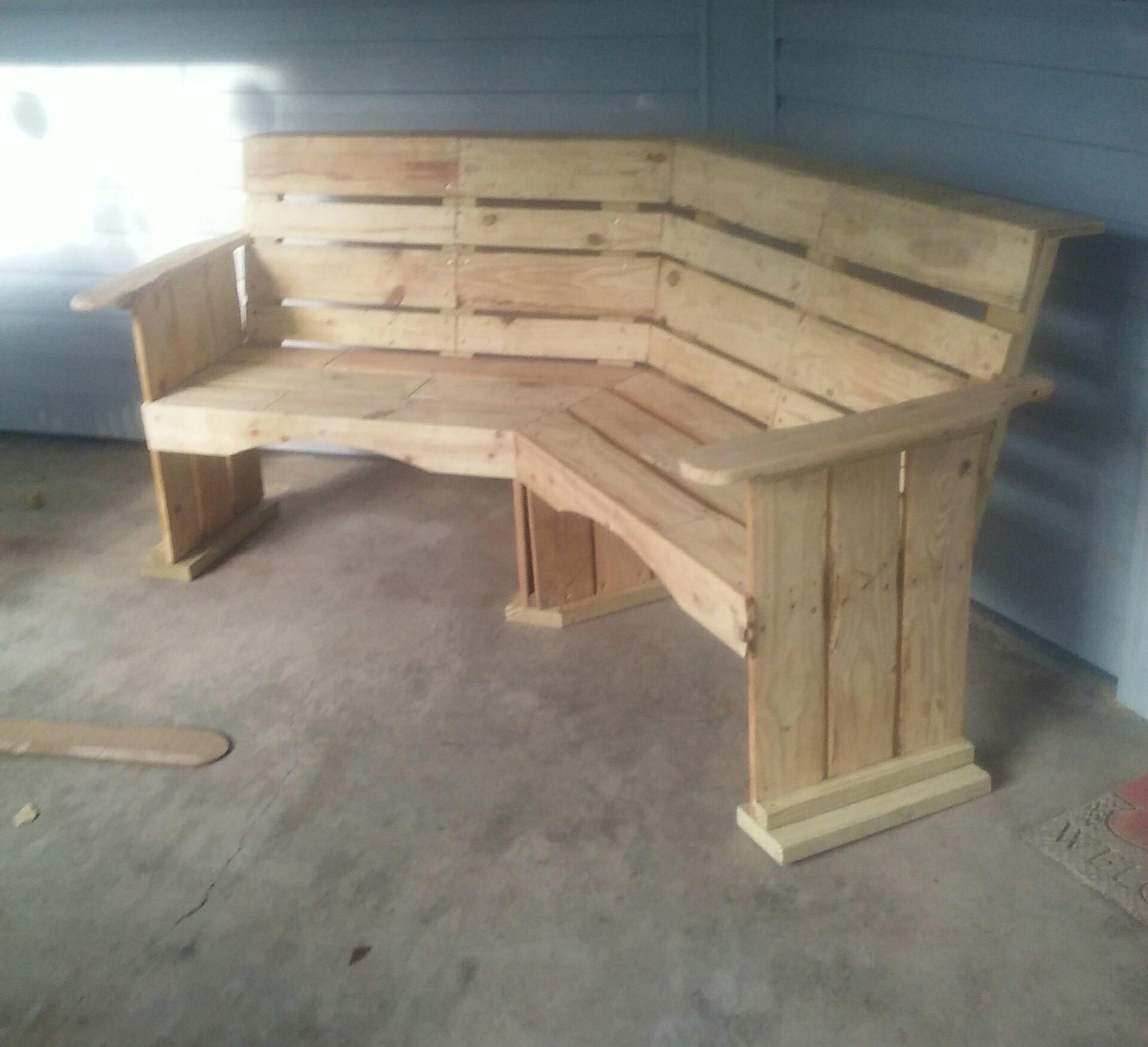 Pallet Corner Bench Pallet Furniture Outdoor Wooden Pallet