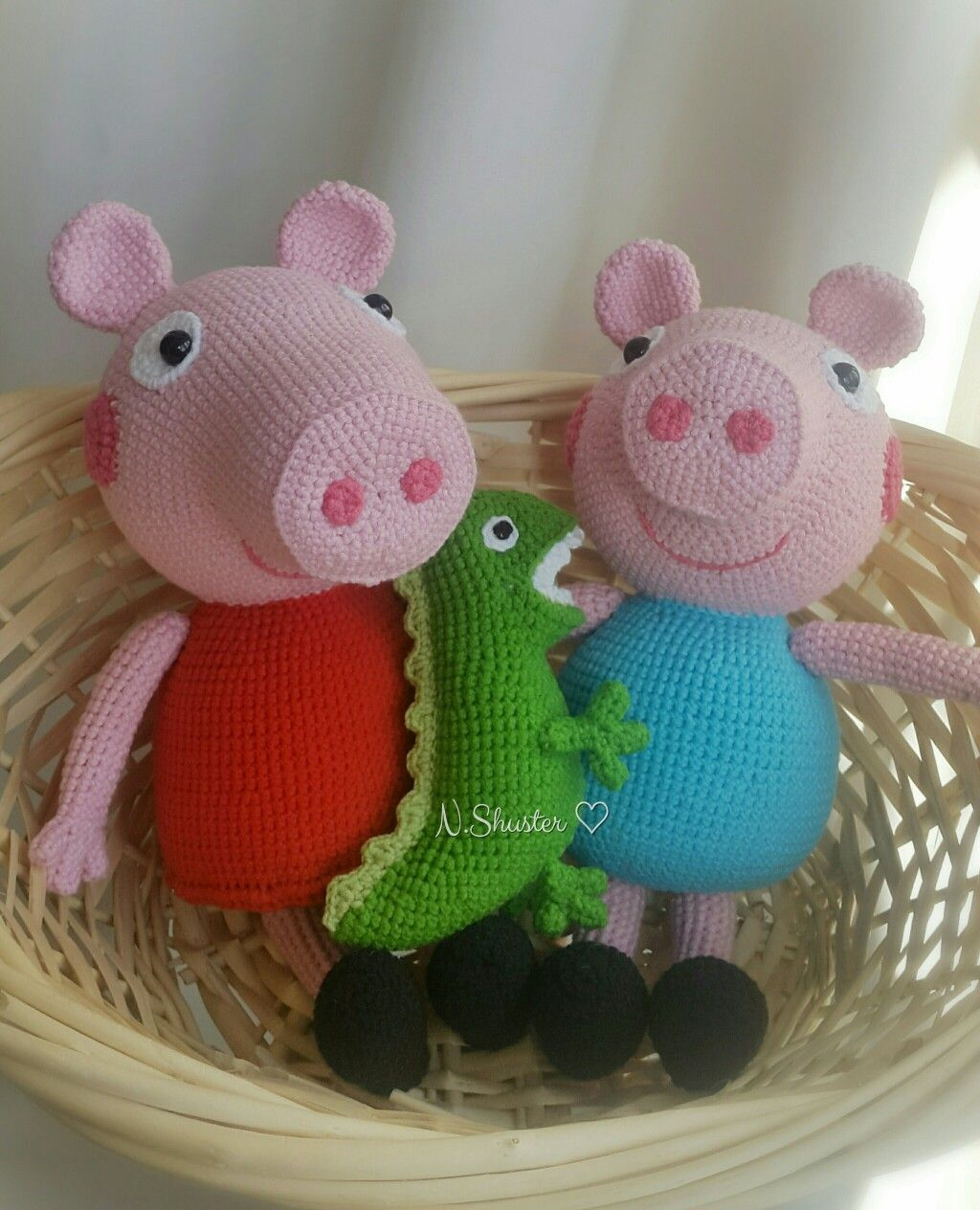 Crochet Peppa Pig Amigurumi Free Patterns | Crochet pig, Crochet ... | 1264x1024