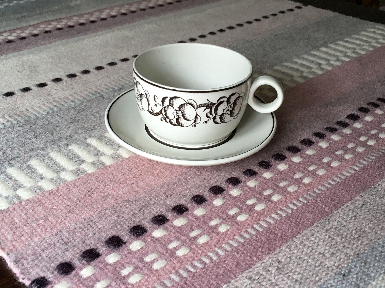 Stig Lindberg Garden Gustavsberg Sweden tea cup and saucer // 1970s porcelain // (med bilder)