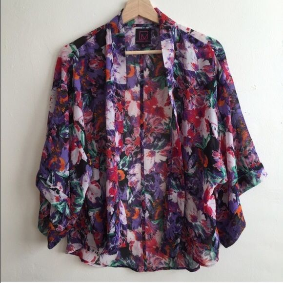 Floral kimono Like new! Floral kimono by Material Girl Material Girl Jackets & Coats