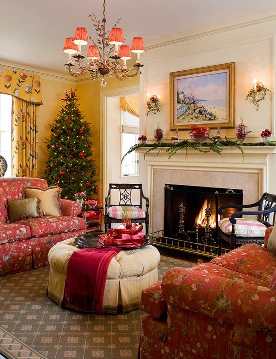 Colorful Christmas in a Colonial - Traditional Home® love everything about  this room...I want to move in! - Colorful Christmas In A Colonial In 2018 Christmas In The Air