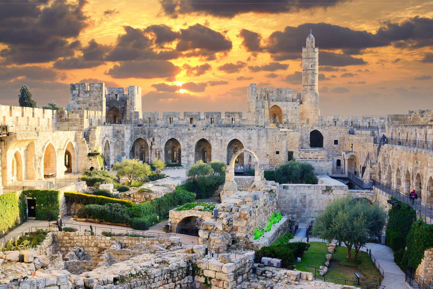 Красивые картинки древнего города что фоне