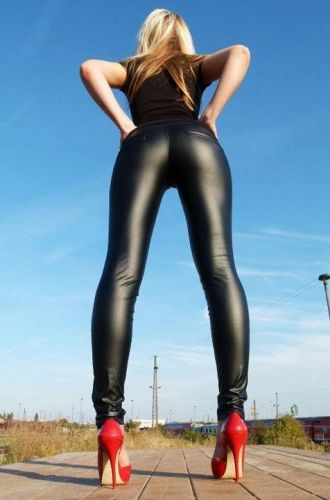 046f4788700 Hell yes!  hot  sexy  legging  red  heels  blonde