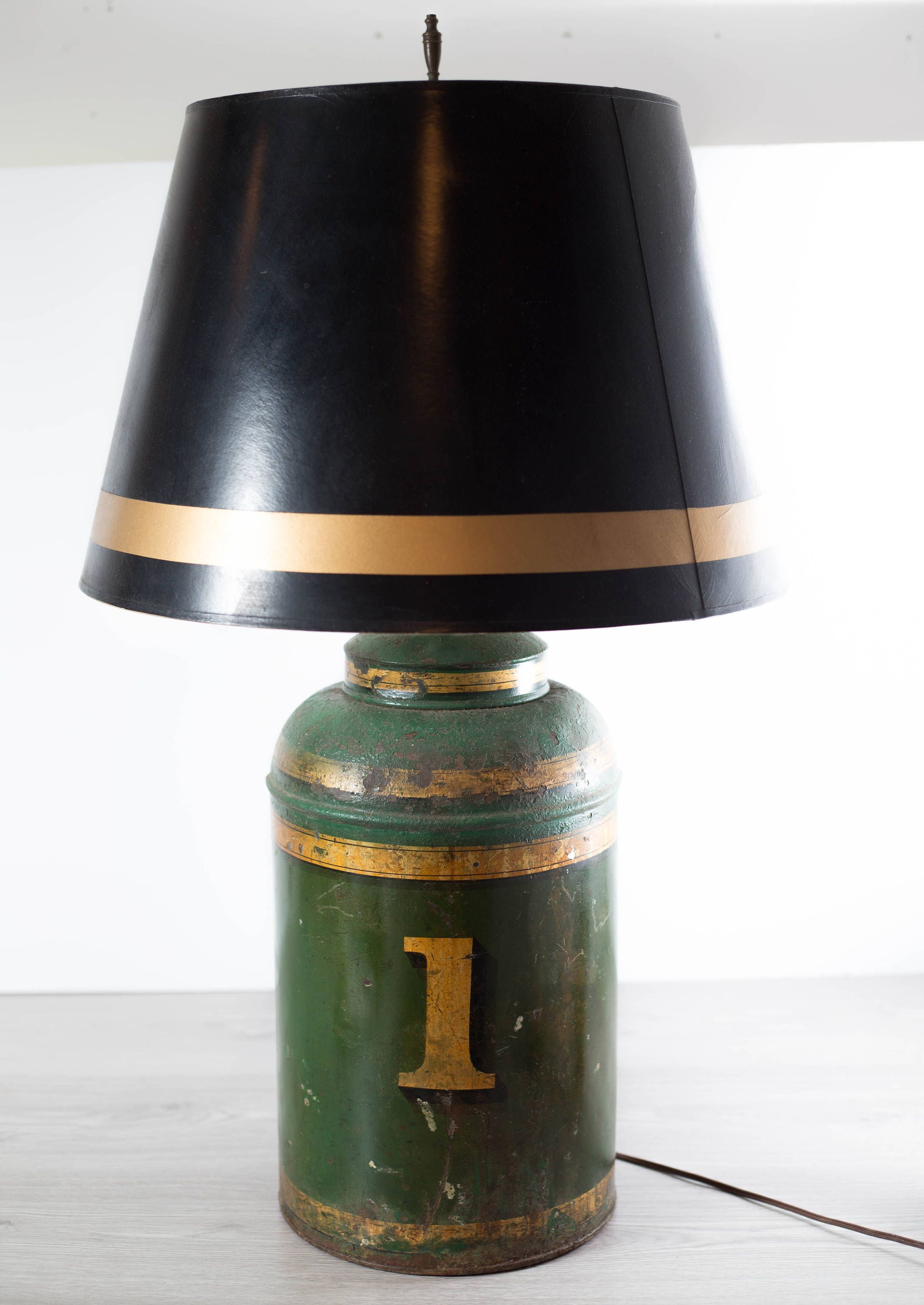 Vintage Rustic Lamp Large Metal Number One Gold Banded Green Milk Jug Lamp With Black Shade Cabin Cottage Outdoor Style Table Lamp Rustic Lamps Gold Lamp Shades Vintage Home Decor