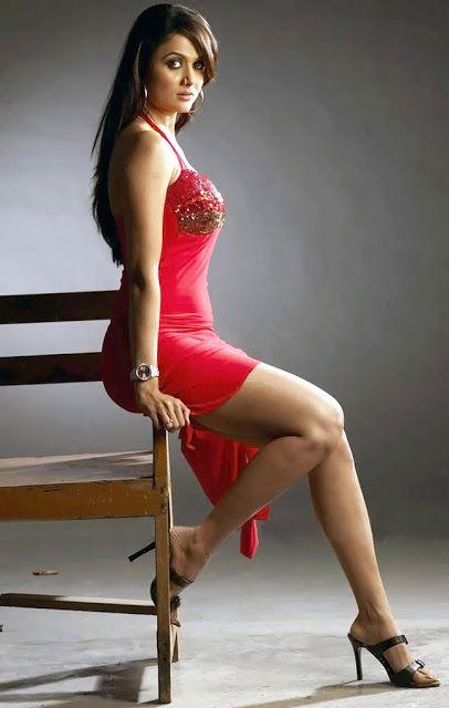 Bollywood Women Amrita Arora Hot Bollywood Women