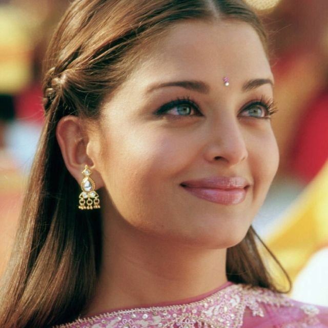 "Aishwarya Rai Bachchan portrays the character of Lalita Bakshi in the movie ""Bride & Prejudice""......."