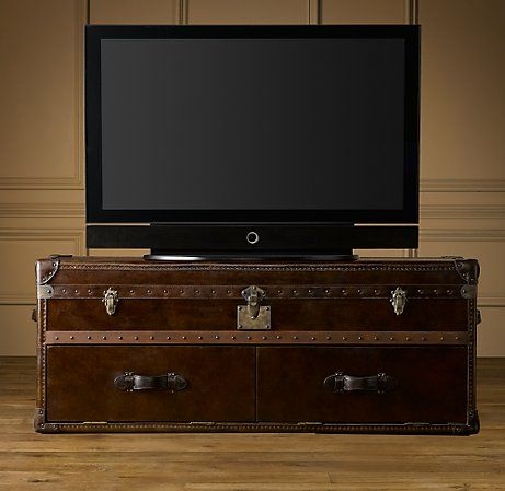 Love Love Love This Old Steamer Trunk Tv Stand It Even Has Holes In The Back For Wires And Sneaky Doors For Everything E With Images Cool Tv Stands Tiny Apartment