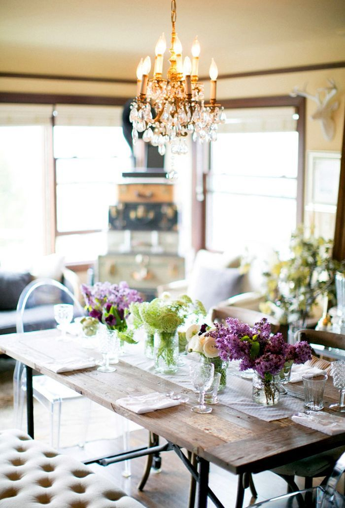 How to Throw a Stylish Party in a Small Space