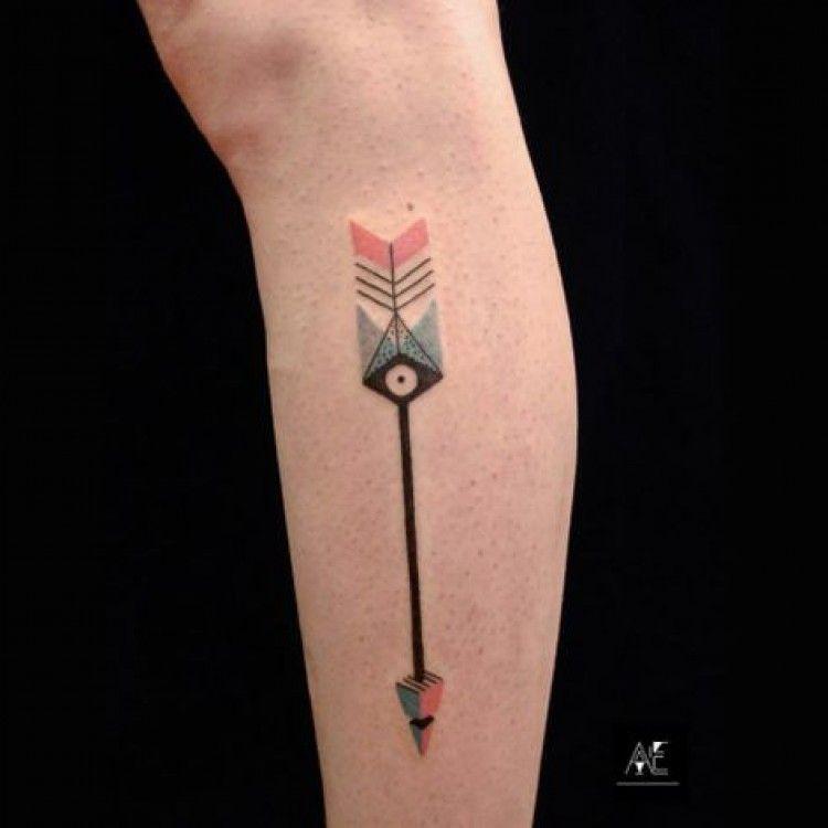 Tatouage Colore Fleche Geometrique Mollet Homme Tattoos Misc
