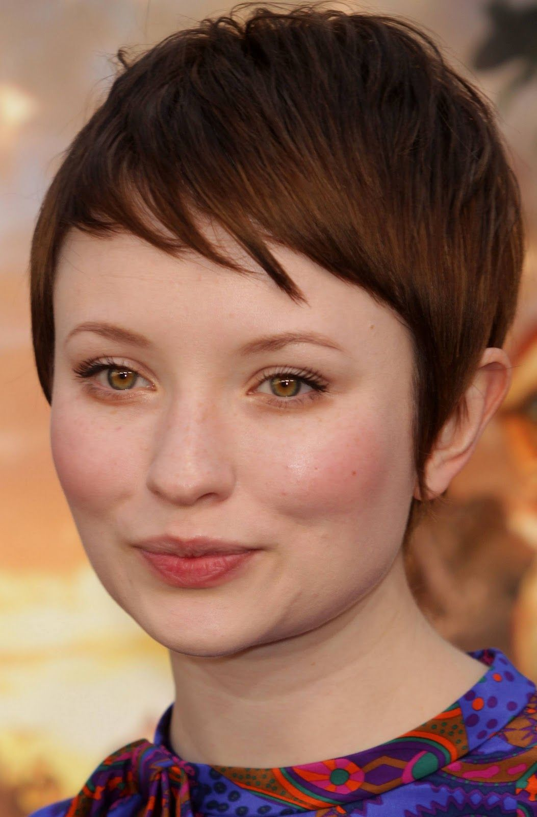 Emily browning hair for me pinterest emily browning