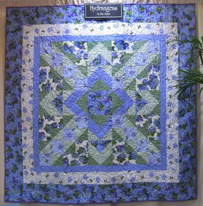 Picture 10 | QUILTY THINGS | Pinterest | Quilt patterns free ... : hydrangea quilt fabric - Adamdwight.com