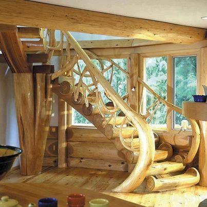 escalier interieur en rondin de bois
