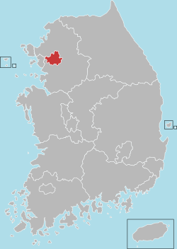 Map of south korea with seoul highlighted traveling south korea map of south korea with seoul highlighted gumiabroncs Gallery