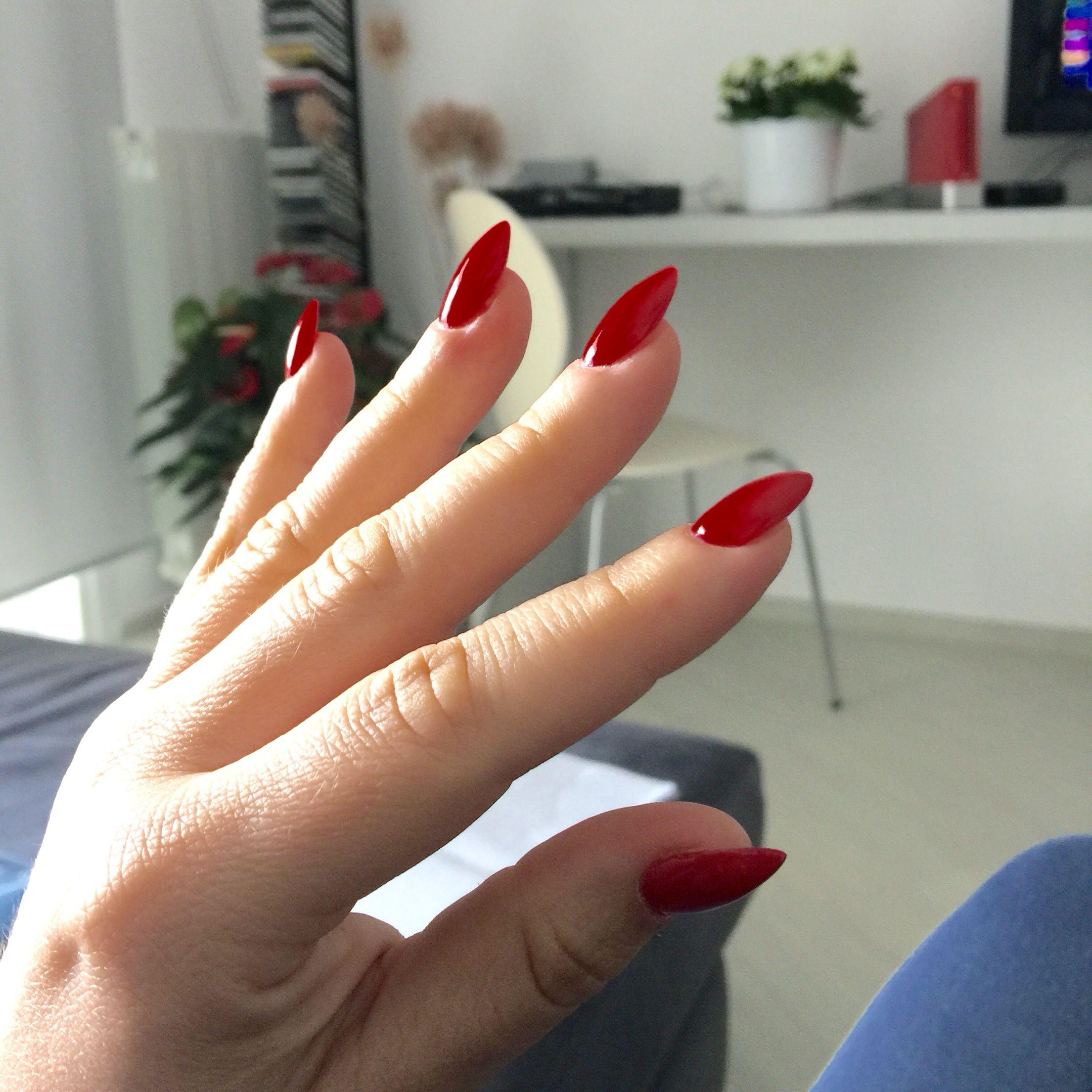 #Red #nails  #acrilic #almond #rossopassione