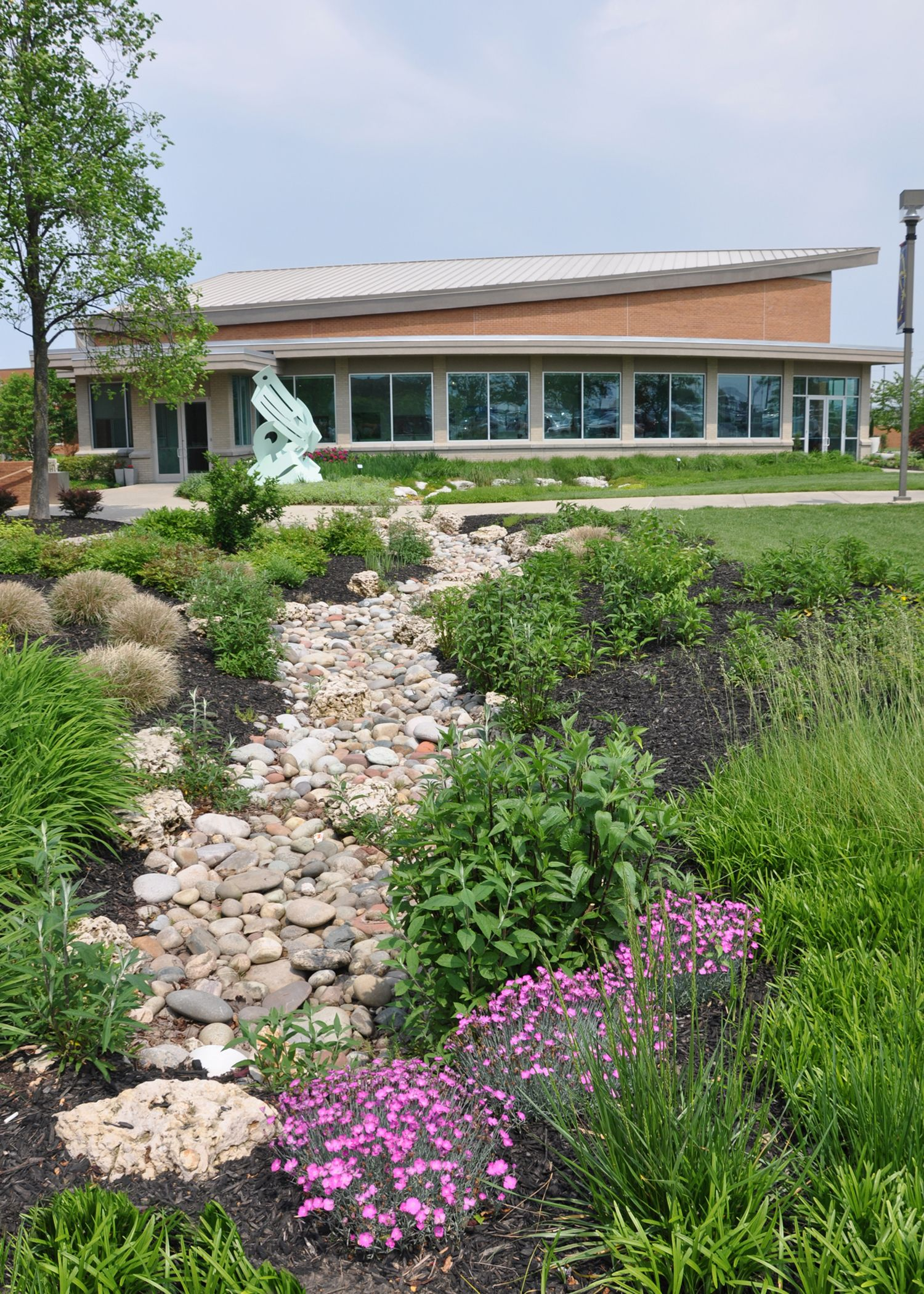 Schmidt Art Center and gardens #swic #art #gardens