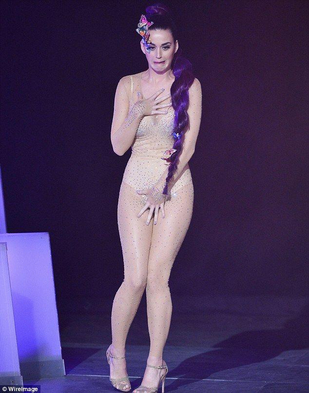 Katy Perry nackt, Oben ohne Bilder, Playboy Fotos, Sex