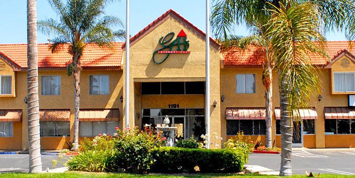 Welcome To The Guesthouse Upland An Affordable And Conveniently Located Ca Hotel Offering A Variety Of Comfortable Amenities