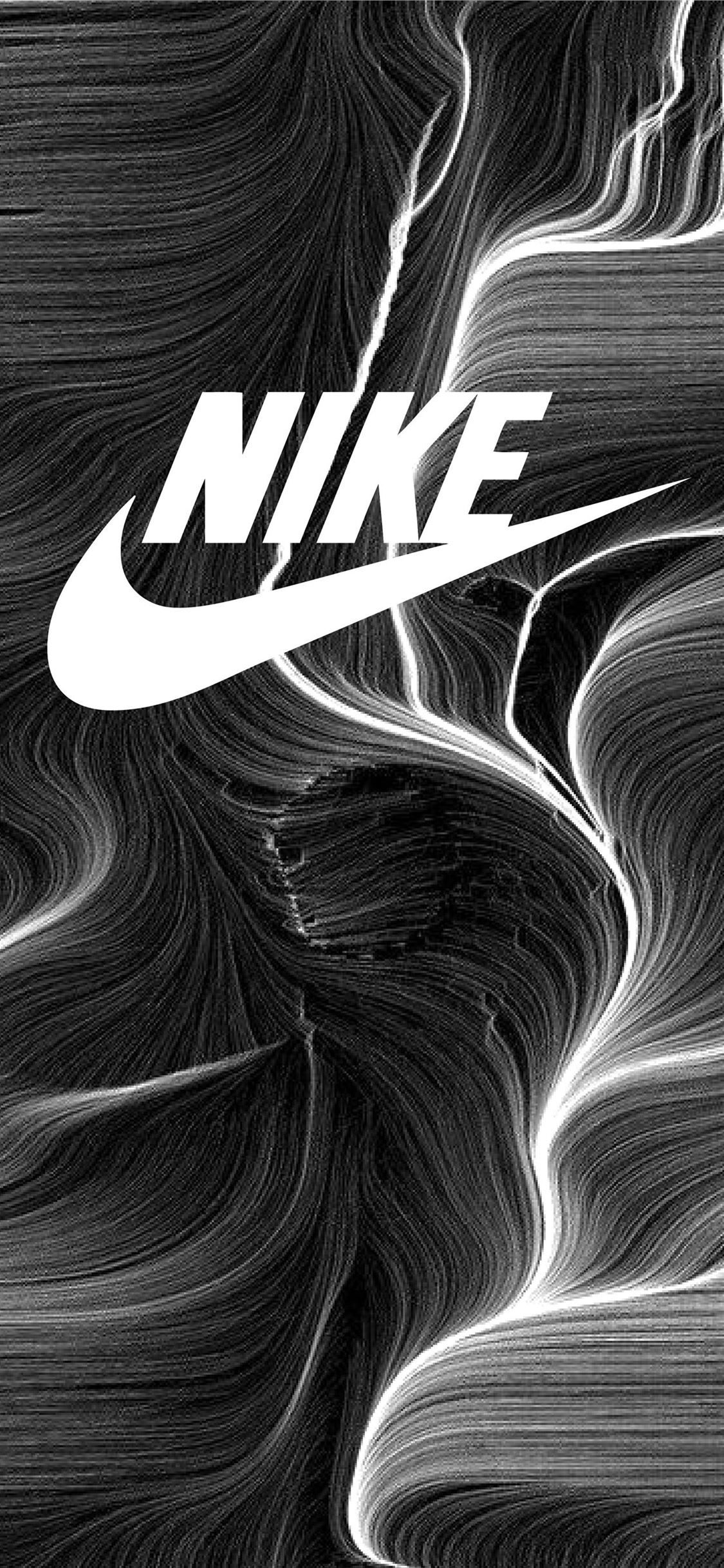 Nike Black And White Top Free Nike Black And White Tigerwoods Sportcelebrity Golfcelebrity In 2020 Cool Nike Wallpapers Nike Wallpaper Iphone Nike Logo Wallpapers