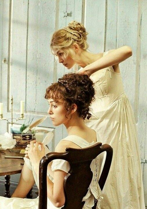 I love Elizabeth's hair