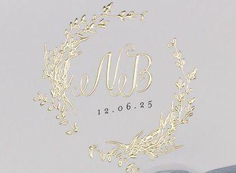 Unser neuen Haute Couture Hochzeitskarten - Charlotte mit Goldprägung für einen edlen Auftritt