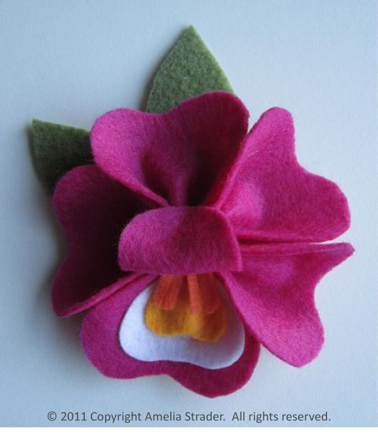 crafts made with felt | GoGo Craft: Floral Felt Pin Workshop at UC Botanical Garden