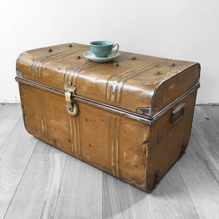 Vintage Old Original 1930s Tin Metal Trunk Coffee Table Toy Box Chest  Storage