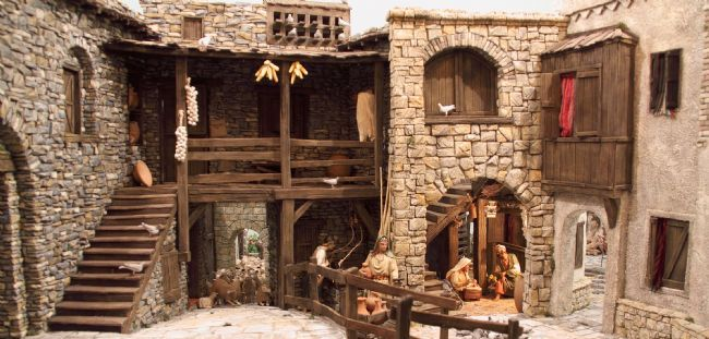 Las Casas Tambien Atesoran Grandes Belenes Por Descubrir Belenes Casas Para Belenes Belenes De Navidad
