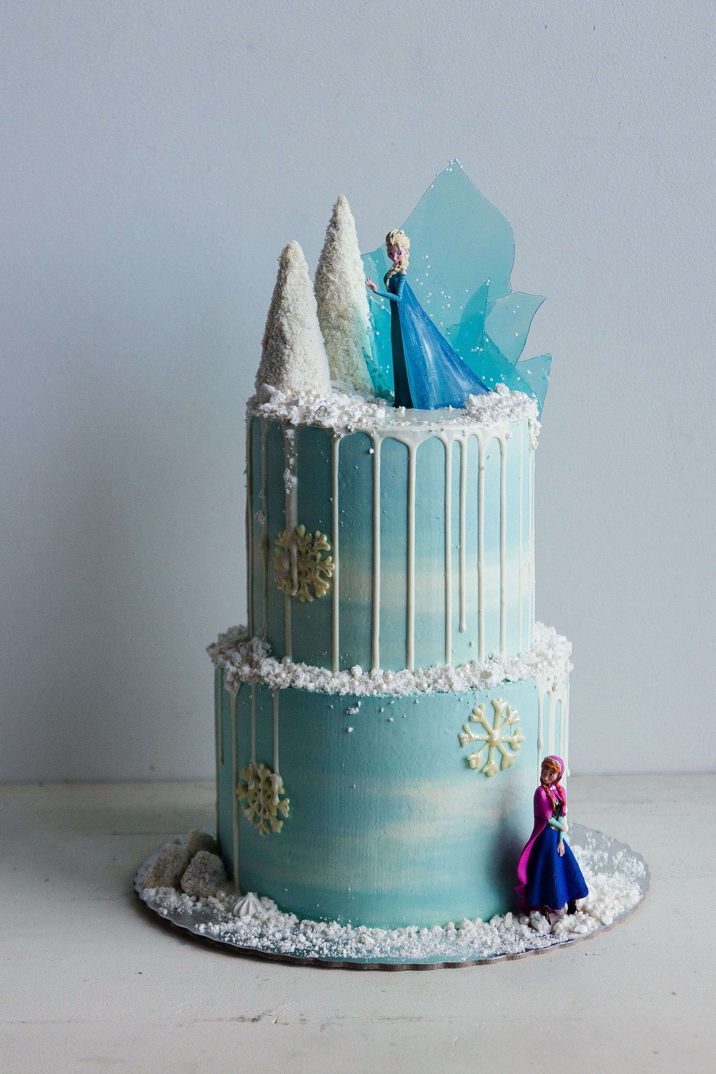 Frozen Cake Migalha Doce Custom Cakes As Delicate As
