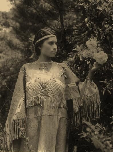 Ojibway Girl But No Name, Date Or Location  Indian, Kvinnor-4090