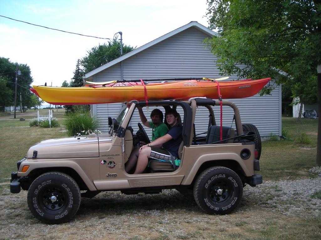 Wrangler With Kayak S Roof Rack Jeepforum Com Kayak Rack