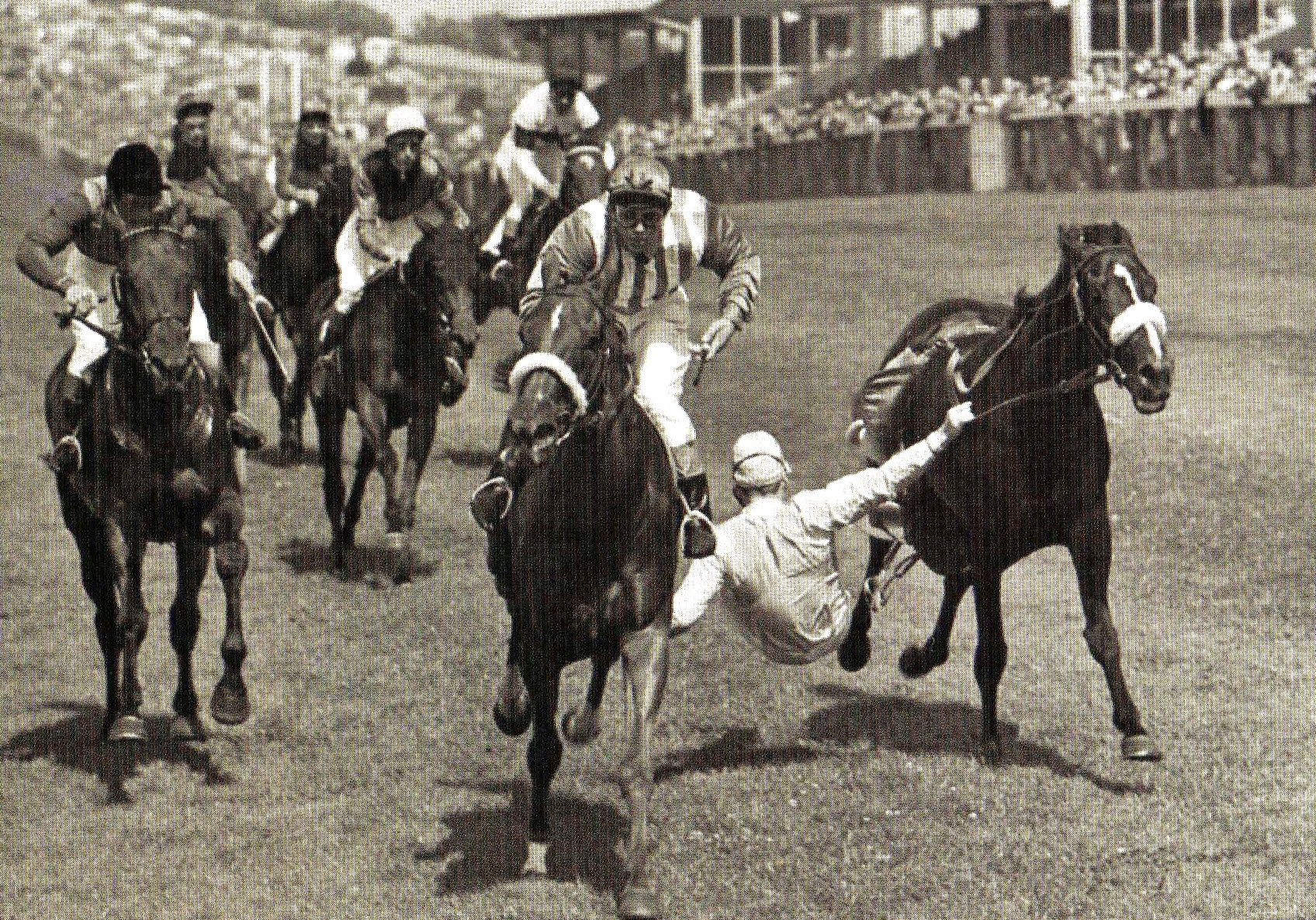 Lester Piggot Tries Desperately To Hang On To His Horse Barbary Pirate As He Is Unseated On The Final Straight At Brighton Racecourse With Images Horses Horse Racing