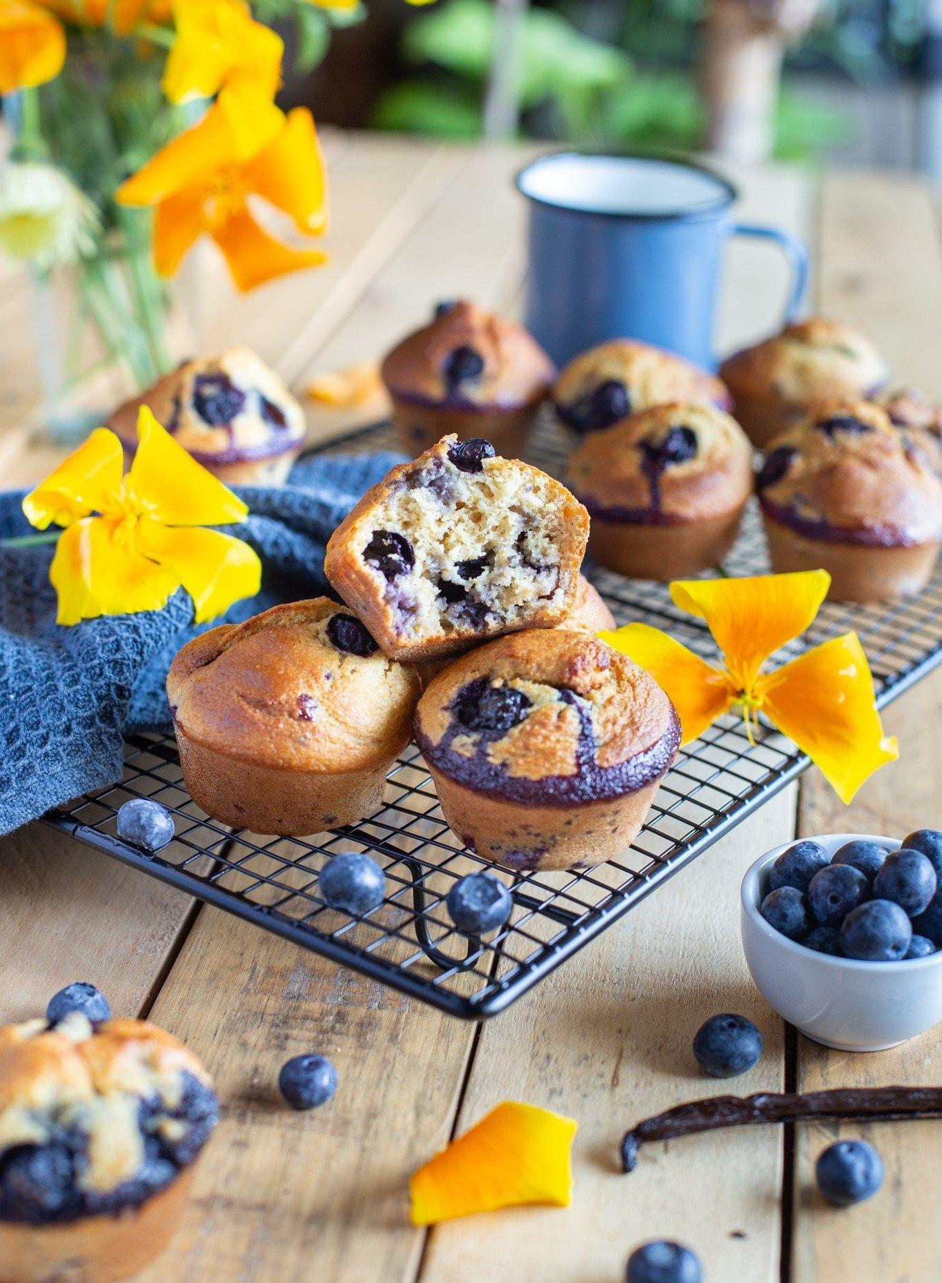 Muffins aux myrtilles et à la vanille (sans beurre, sans huile) - Cuisine ta ligne en 2020 ...