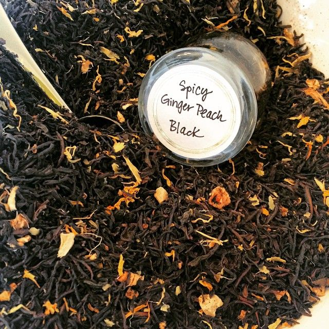 Y'all let me just say... If you are a peach lovin', spicy type of person this black tea from Sri Lanka is for you! Peach + Ginger= Yummy! #peach #ginger #spicy #tea #teatime #loosetea #looseleaftea #treehouseteas