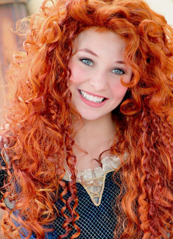 awesome bright long curly hairstyles