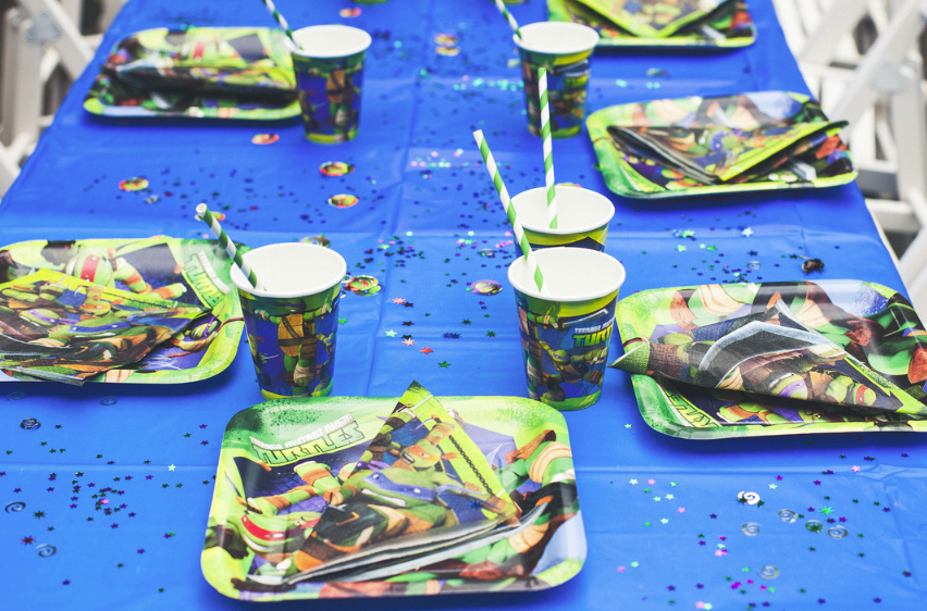 Ninja Turtle Plates and Cups with Straws